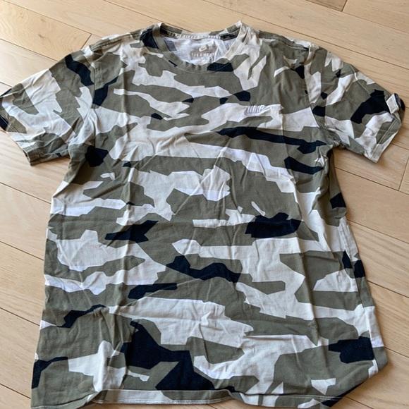 Nike camp t shirt